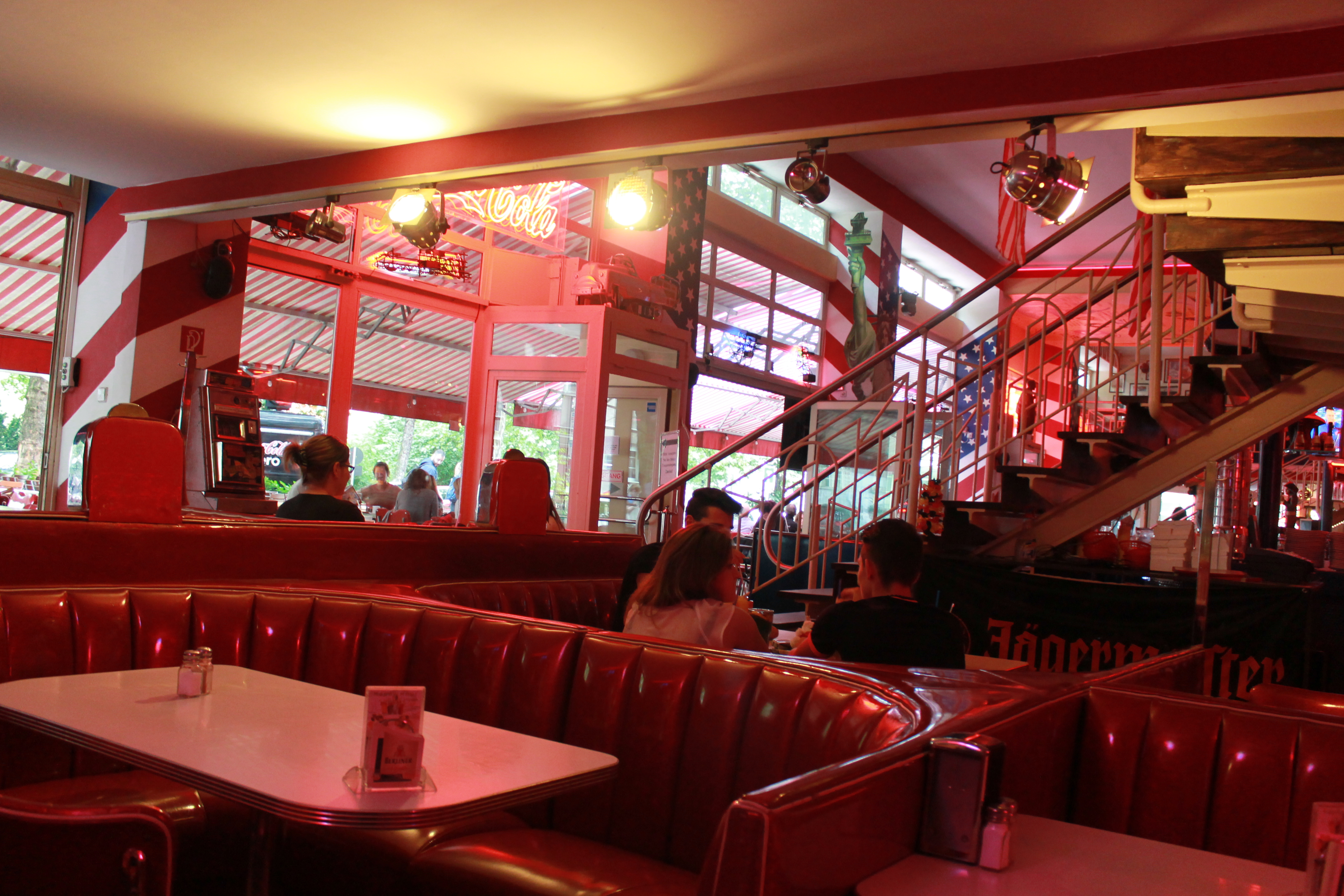 fabulous route 66 50 s diner cheatmeals a lifestyle blog from berlin. Black Bedroom Furniture Sets. Home Design Ideas